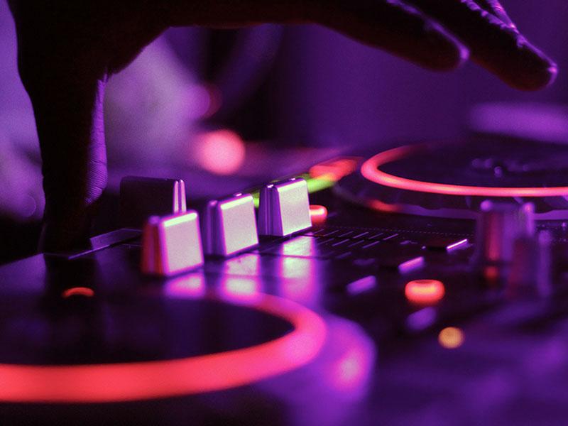 nightclub_01_800x600